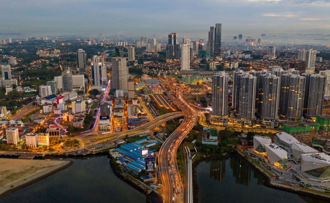 Now that the HSR has been terminated, the government should consider ways to optimise the electric train service (ETS) and the Johor Baru-Singapore Rapid Transit System (RTS) to further stimulate growth in the affected regions (Photo: Bloomberg)